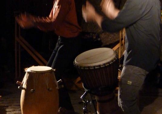 Drums & Tales Trommelgeschichten für Erwachsene