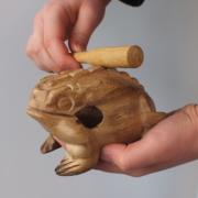 Holzfrosch-Instrument aus Asien