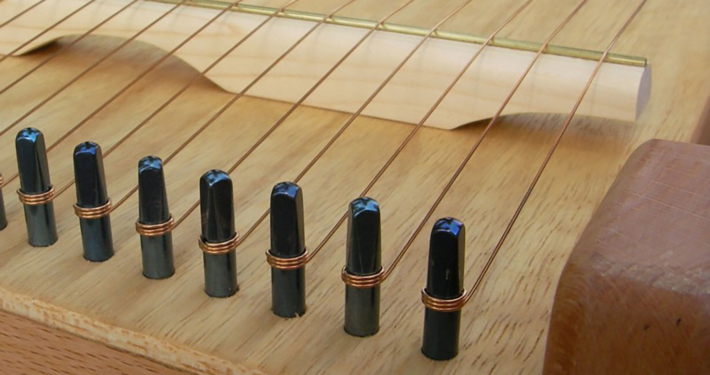 Monochord, Detail