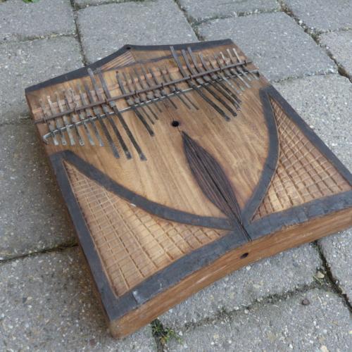 Wagogo Daumenklavier 20 x 26 cm