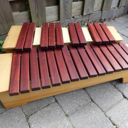 Chromatische Xylophon, Padouk-Holz